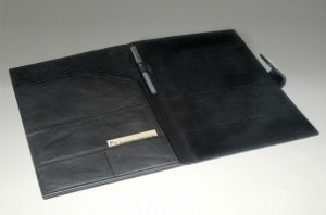 Kf1 2001-leather folders